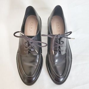 Zara Trafaluc Laced loafers